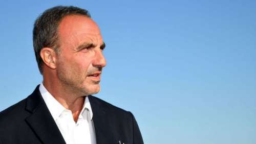 Nikos Aliagas : son bouleversant hommage à son papa décédé