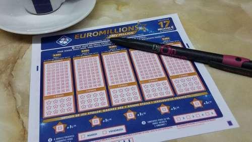 Euromillions : l'incroyable promesse d'une famille gagnante envers une famille d'inconnus