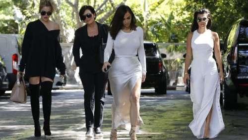 Kourtney et Kim Kardashian : les deux sœurs se disputent au sujet de leurs rapports avec leurs nounous