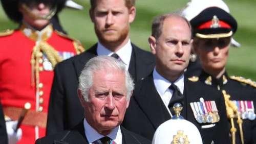 Prince Charles :cette pique acerbe qu'il lâche sur le prince Harry et son rapport à l'argent