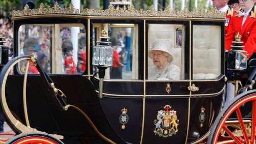 Elizabeth II veuve : qui sera son