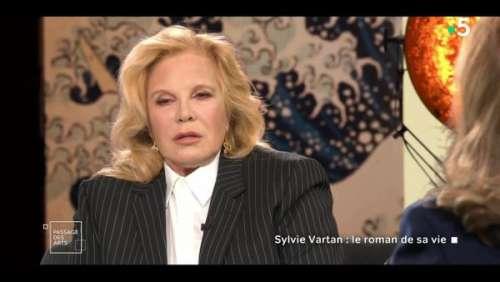 Sylvie Vartan : ce regret qu'elle garde encore sur la fin de son mariage avec Johnny Hallyday