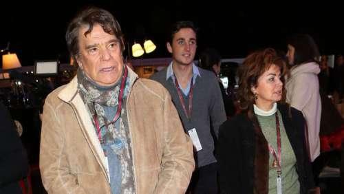 Bernard Tapie traumatisé : l'homme d'affaires revient sur la violente agression dont il a été victime avec sa femme
