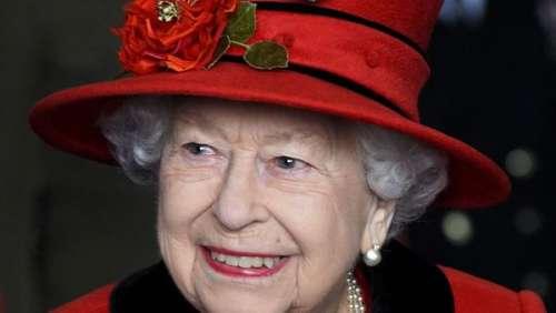 Elizabeth II : ce beau geste envers le staff du prince Philip pour son centième anniversaire posthume