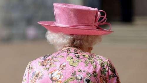 Elizabeth II : cette absence très remarquée et regrettée pour la deuxième fois en 69 ans