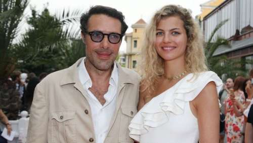 Nicolas Bedos en couple : il officialise avec sa chérie Pauline Desmonts