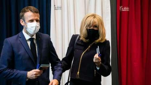 Brigitte Macron : veste courte zippée, escarpins et jean brut... ce look casual chic qui fait sensation au Touquet