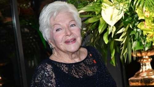 Line Renaud a fêté ses 93 ans : ce sublime cliché pour remercier ses fans