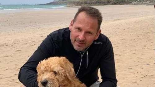 Le geste d'amour déchirant d'un maître pour son chien mourant