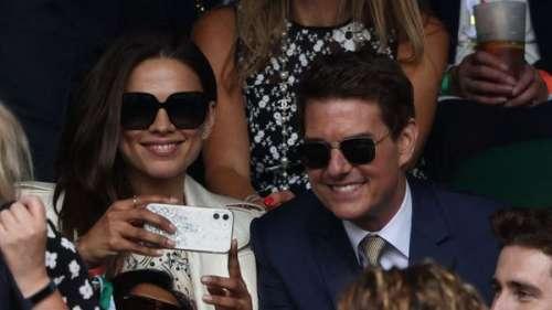 Tom Cruise tout sourire à Wimbledon avec sa petite-amie présumée Hayley Atwell