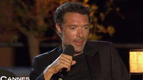 Nicolas Bedos ému aux larmes en découvrant des images de son père, Guy Bedos, dans Cannes à la maison