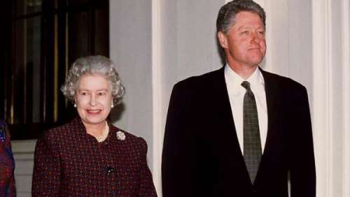 Elizabeth II : ce lapin que lui avait posé le président Bill Clinton pour une raison improbable
