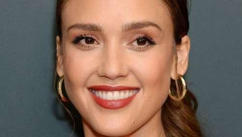 Jessica Alba : pourquoi consulte-t-elle un thérapeute avec sa fille âgée de 13 ans ?