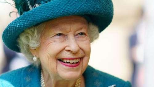 Elizabeth II : la reine bien entourée pour son premier été à Balmoral sans le prince Philip