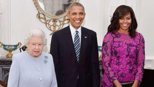 Barack et Michelle Obama : le couple aurait choisi la Reine plutôt que Meghan et Harry