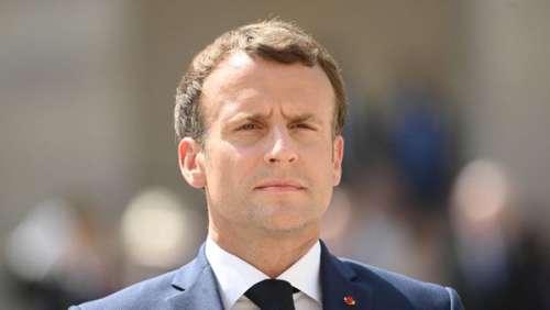 Emmanuel Macron : cette nouvelle affiche choquante qui ne passe pas inaperçue