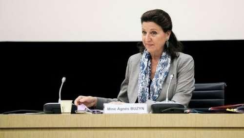Covid-19 : de quoi est accusée Agnès Buzyn et que risque l'ancienne ministre de la Santé ?