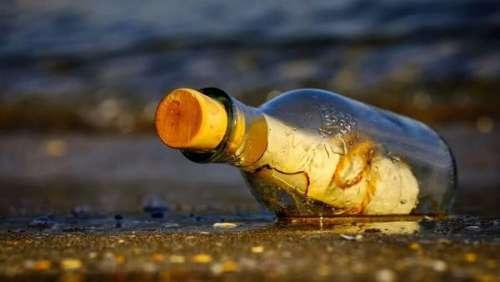 Incroyable ! Une bouteille à la mer retrouvée après 37 ans