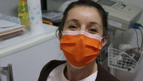 Il tabasse l'infirmière qui a vacciné sa femme sans son autorisation