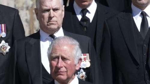 Prince Andrew accusé de viol : ce dîner avec son frère Charles qu'on lui a interdit