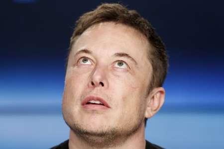 Elon Musk fait décoller des Cryptomonnaies inconnues avec un Lapin et une Fusée