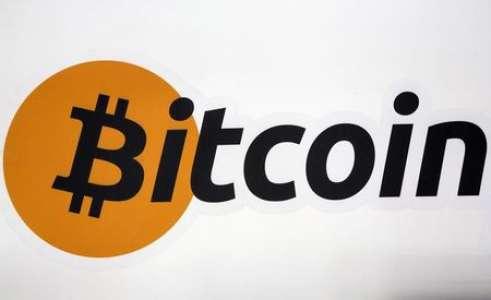 Bitcoin : Ark Invest Cathie Wood surprend avec un nouvel objectif de prix