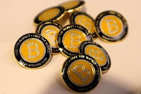 Le Bitcoin s'approche de $53k, le BTC devient monnaie légale au Salvador
