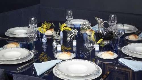 Verres en cristal, orfèvrerie, linge... Les trésors du Ritz dispersés aux enchères
