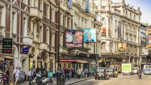 Dans les théâtres, pas de retour à la normale avant novembre «au plus tôt» au Royaume-Uni