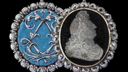 Un médaillon orné de diamants, offert par Louis XIV à un corsaire, vendu 500.000 euros