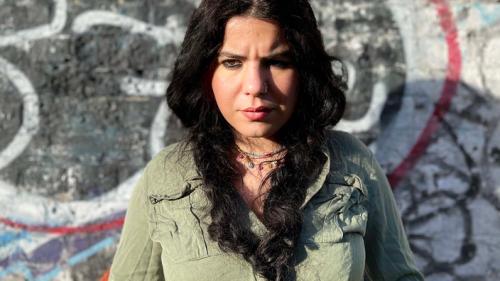 Femme, Kurde et journaliste : Zehra Doğan raconte l'horreur des geôles d'Erdogan