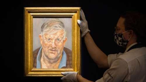 Le portrait de David Hockney par Lucian Freud vendu plus de 17 millions d'euros