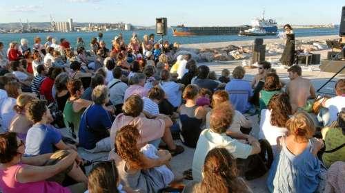 Trois festivals qui mettent la littérature à l'honneur cet été