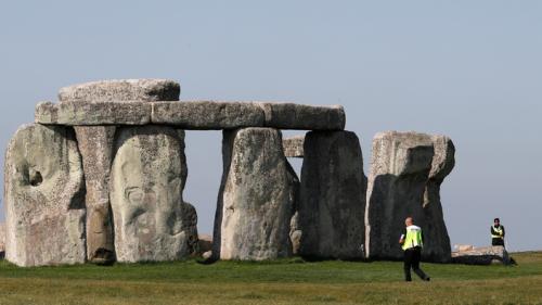 La justice anglaise juge illégale la construction d'un tunnel autoroutier près de Stonehenge