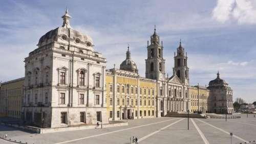Deux des plus grands carillons du monde résonnent de nouveau au Portugal