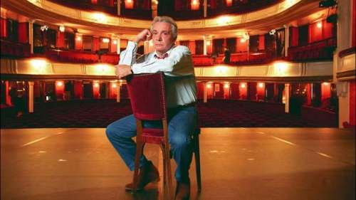 Livre, comédie musicale, théâtre... Il court, il court Michel Sardou
