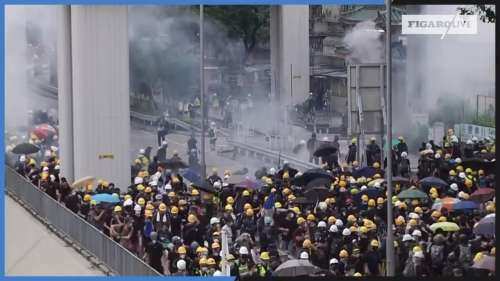 Hongkong : la police tire du gaz lacrymogène sur les manifestants