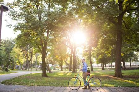 Medical News Today: Green spaces in cities can help people live longer