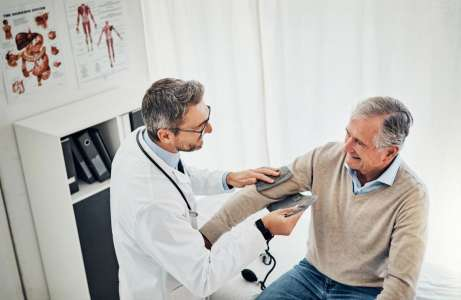 Medical News Today: Study sets blood pressure target for people over 80
