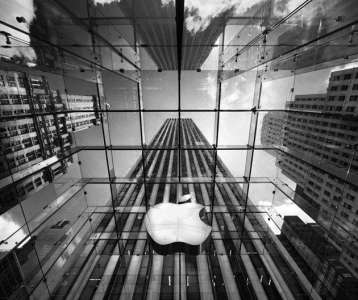 'Sign In With Apple' Hit With Antitrust Complaints