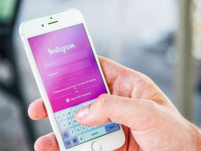 Instagram Will Soon Let Users Mark Other Users As 'Favorites'