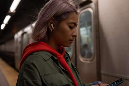 Jawbone Sues Apple Over ANC Tech In The AirPods Pro