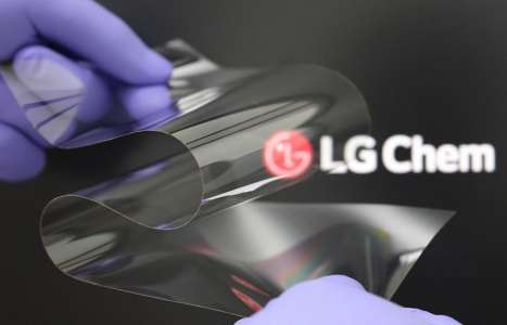 LG Claims Its Foldable Display Is As Hard As Glass