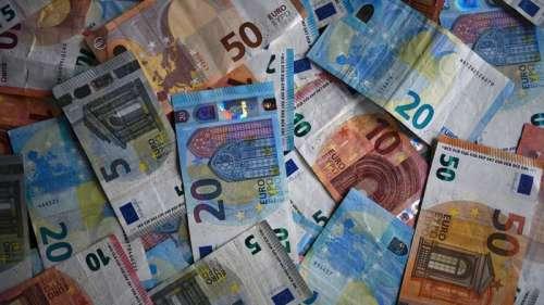 En 5 mois, les Français ont épargné 107,5 milliards d'euros dont 21,9 milliards en cash