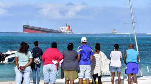 Des hydrocarbures s'écoulent d'un navire échoué depuis fin juillet au large de l'Île Maurice