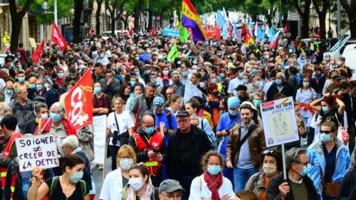 Le personnel de l'hôpital à nouveau dans la rue pour réclamer plus de milliards