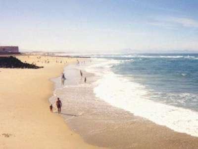 Deux touristes français risquent six ans de prison pour avoir volé du sable en Italie