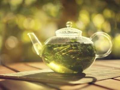 Combiné à l'exercice physique, l'extrait de thé vert pourrait s'avérer efficace pour empêcher l'excès de graisses dans le foie