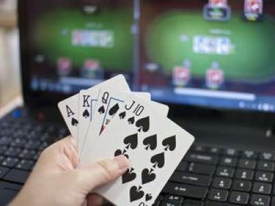 Poker en ligne : mise en garde du régulateur