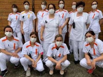 Ariège : des aides-soignantes chantent le confinement sur un air de Patrick Bruel